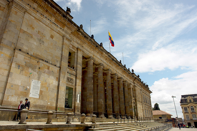 Colombia's Congress in downtown Bogota. August 8, 2012. (Rene Ospitia/World Bank/Flickr)