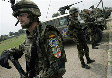 European Union Force (EUFOR) troops in the Democratic Republic of the Congo, July 31, 2006. (Cohen/Flickr)