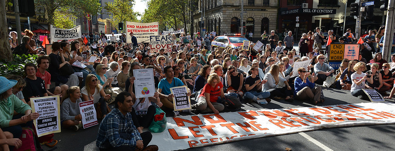 Australians protest their government's policies against asylum seekers held in offshore detention. Melbourne, Australia, April 30, 2016. (Recep Sakar/Anadolu Agency/Getty Images)