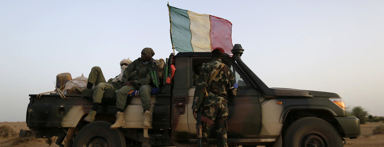 Mali Soldiers Patrol
